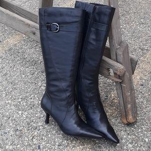 Bandolino Tall black leather boot Kitten heel sz7